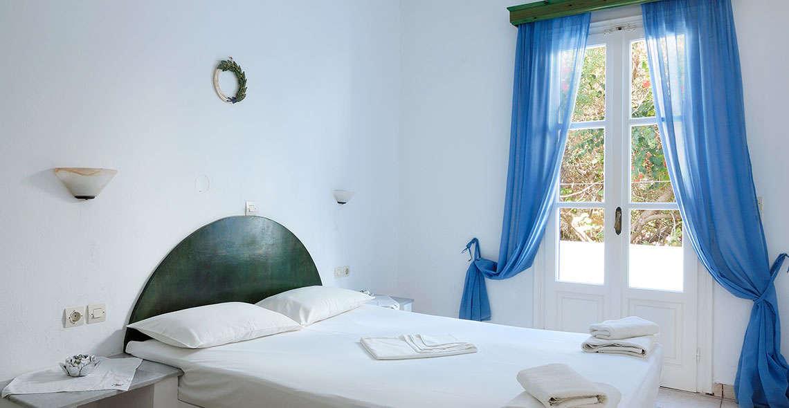 marias place antiparos accommodation