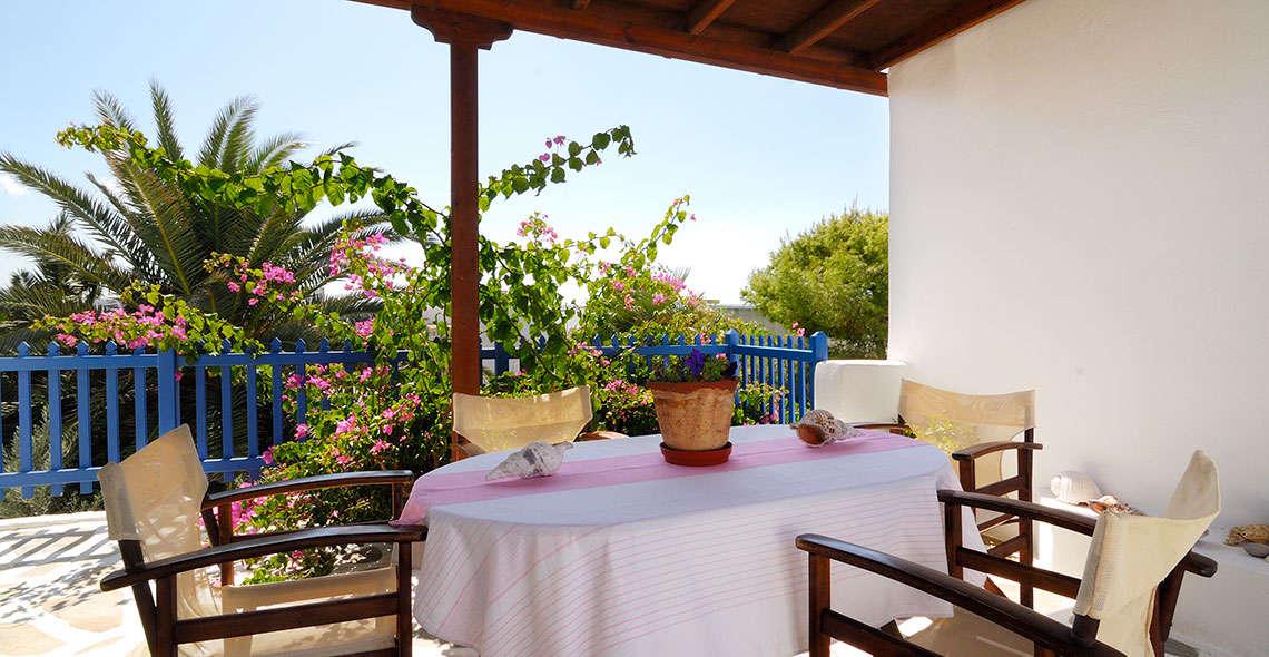 marias place breakfast terrace